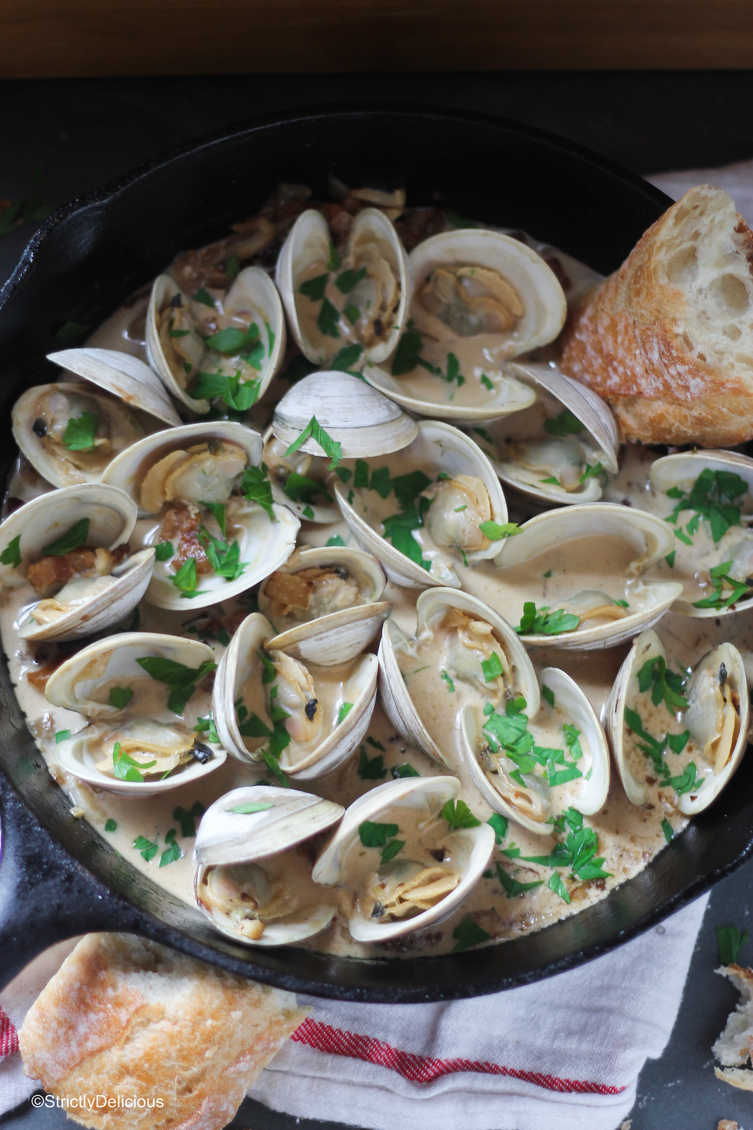 Steamed Clams with Creamy Bacon & Fennel Broth